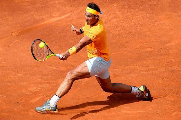 Nadal nhẹ nhàng vào tứ kết Barcelona Mở rộng