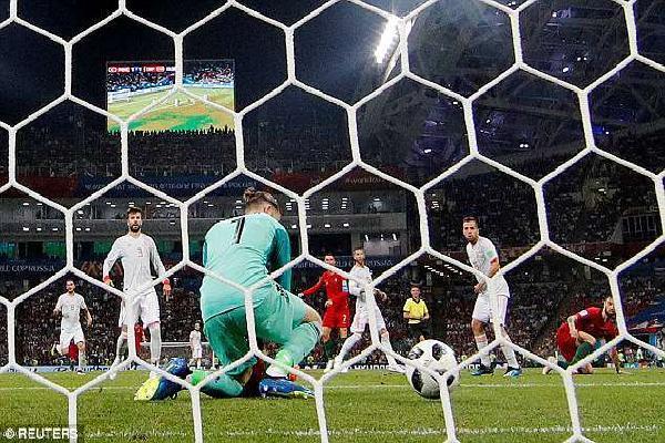 Tây Ban Nha sợ 'lời nguyền' sẽ thua Nga tối nay