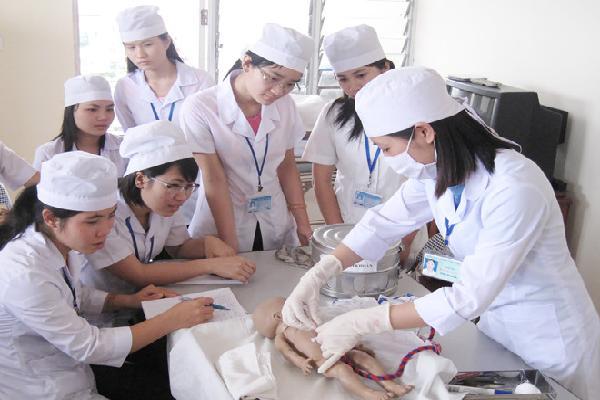 Điểm chuẩn của bốn đại học Kỹ thuật Y dược