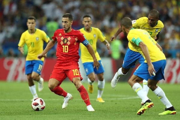 Đội hình tiêu biểu vòng tứ kết World Cup 2018: Tràn ngập sắc đỏ, lần đầu cho kẻ 'hạ sát' Brazil
