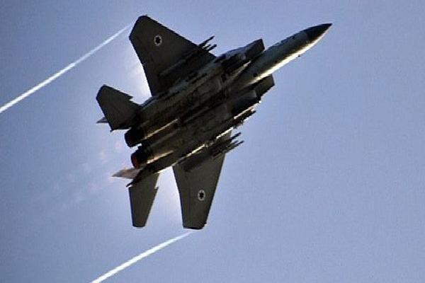 NÓNG: Israel tấn công căn cứ quân sự, Syria lập tức khai hỏa đập tan 'hành động xâm lược'