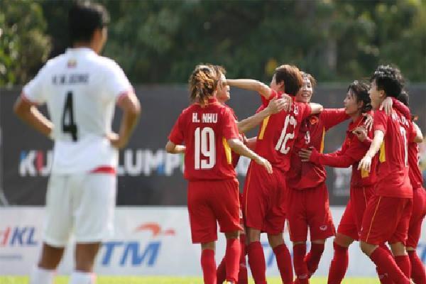 Nữ Việt Nam toàn thắng, vào bán kết giải Đông Nam Á