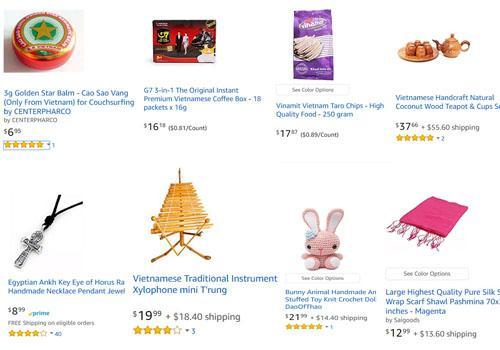 Một số mặt hàng Việt Nam, trong tổng số hơn 20.000 loại hàng hóa Erik Frankel bán trên trang thương mại điện tử Amazon, bao gồm cao Sao Vàng, cafe Trung Nguyên, khăn lụa, thú bông đan len, vòng cổ bằng thiếc và bộ ấm chén làm từ vỏ dừa. Ảnh: Amazon.