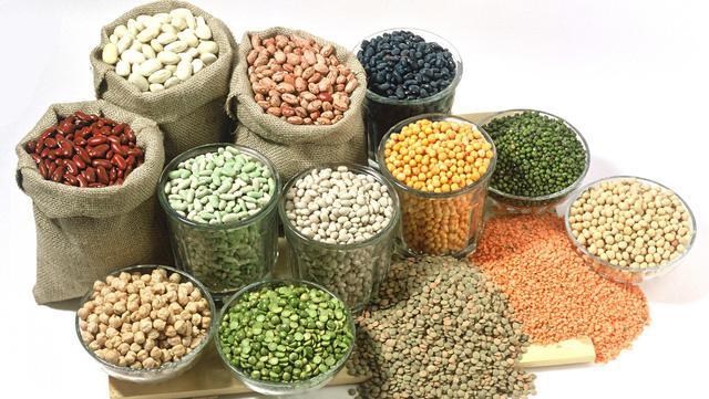 Đảm bảo an toàn vệ sinh thực phẩm là việc làm quan trọng trong mùa mưa bão. Ảnh minh họa