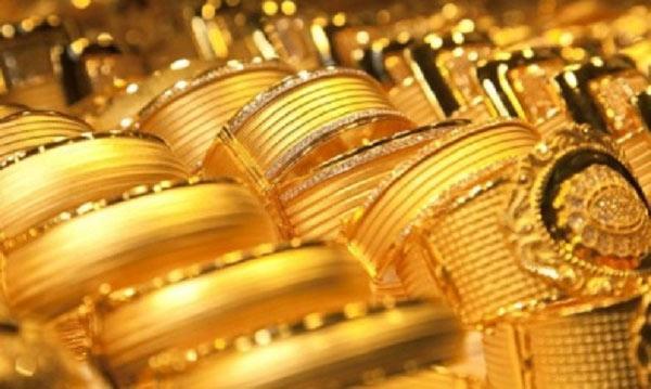 Giá vàng hôm nay 10/8: USD treo cao, vàng chưa thấy sủi tăm