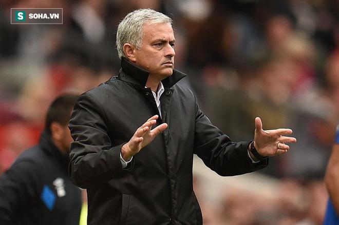 Mourinho rất có duyên với các trận mở màn.