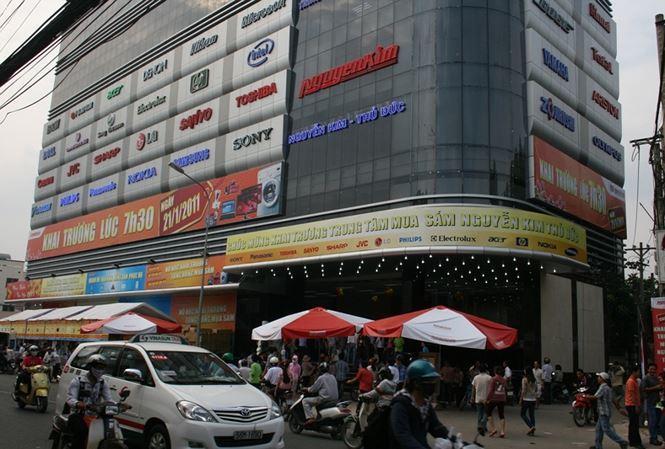 Nguyễn Kim bị Cục thuế TPHCM truy thu, phạt gần 150 tỷ đồng