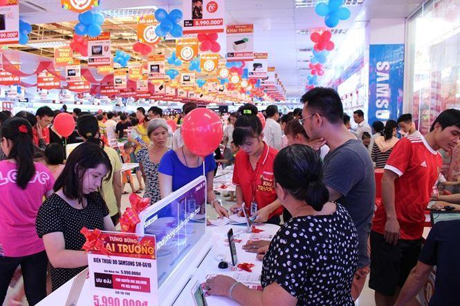 """Bằng chiêu """"lách"""" thuế TNCN bằng cách chuyển tiền lương thành tiền tăng ca, làm thêm giờ, Nguyễn Kim đã trốn nộp cho ngân sách hơn 100 tỷ đồng"""