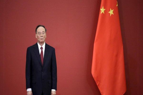 Mỹ làm phó thủ tướng TQ bẽ mặt, Bắc Kinh sợ không dám cử thêm 'át chủ bài' của ông Tập?