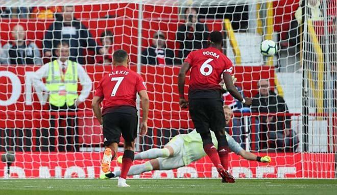 Chỉ mất 3 phút Pogba đã ghi bàn cho MU từ chấm penalty