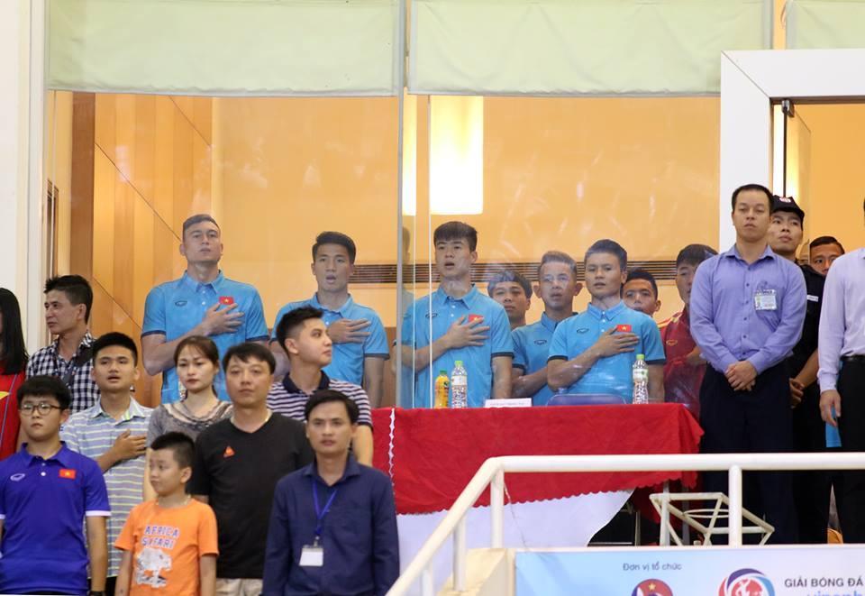 và hình ảnh này cũng đủ nói sự khác biệt rất nhiều mà ông Park đã làm được tại U23 Việt Nam.Ảnh: Anh Khoa