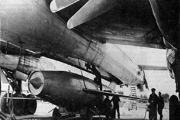 MiG-19 biến thành tên lửa chiến lược: 'Sã cánh' trước khi xuyên thủng lá chắn phòng thủ Mỹ