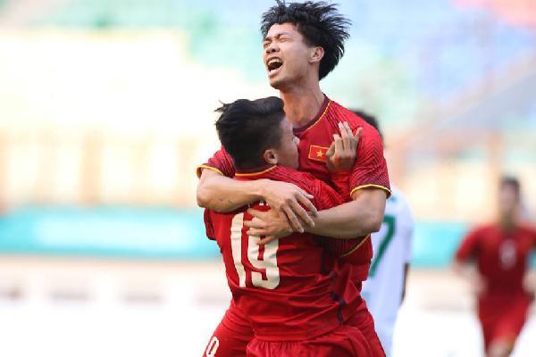 Olympic Việt Nam vs Olympic Pakistan:  Công Phượng, Quang Hải, Văn Quyết thi nhau tỏa sáng, thành quả xứng đáng