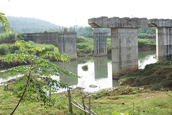 Dự án cầu 55 tỷ đồng bỏ hoang nhiều năm ở Thanh Hóa