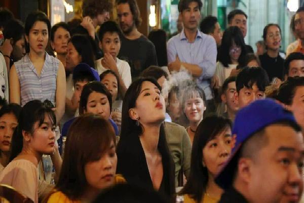 Nhìn lại những khoảnh khắc ấn tượng của cổ động viên tại Việt Nam trong trận chung kết World Cup 2018