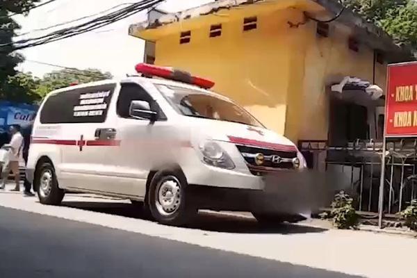 Bệnh viện 103 lên tiếng vụ tài xế xe cứu thương bị bắt đóng phí bảo kê
