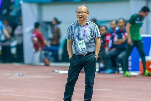 'Lườm rau gắp thịt', HLV Park Hang-seo sẽ dùng U23 Nepal làm bàn đạp 'dọa' Nhật Bản?
