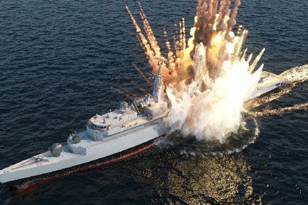 Ngư lôi bẻ đôi tàu chiến 8.000 tấn tại RIMPAC 2018