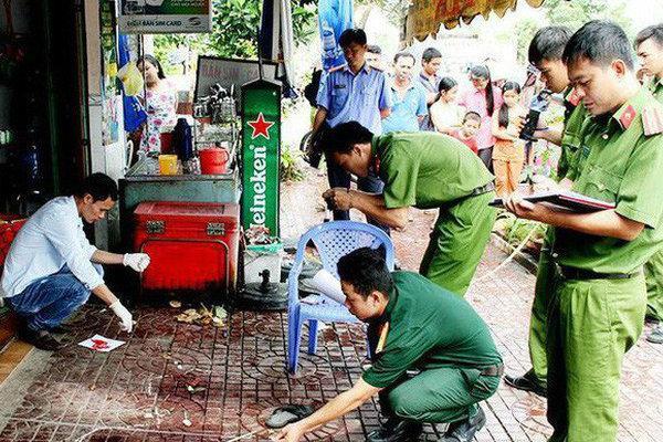 Truy bắt nghi can dùng búa sát hại 2 cha con tại nhà riêng ở Sài Gòn