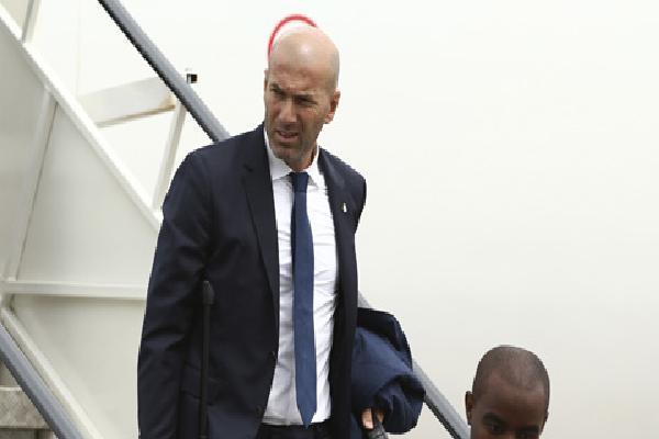 NÓNG: Zidane sắp tái hợp Ronaldo tại Juventus