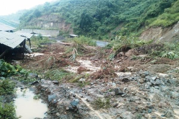 Huyện biên giới ở Thanh Hóa bị cô lập