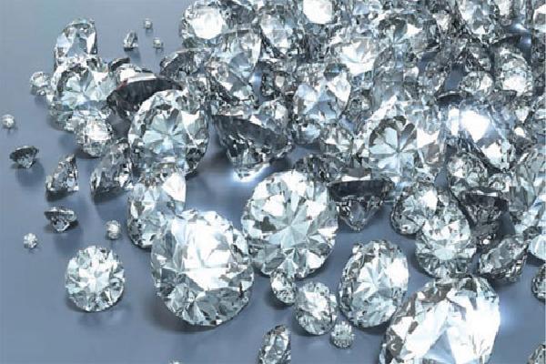 Phát hiện trữ lượng kim cương khổng lồ dưới lòng đất
