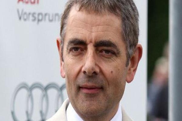 Rộ tin đồn ngôi sao 'Mr. Bean' đột ngột qua đời gây xôn xao cộng đồng mạng