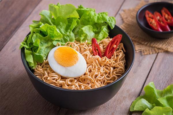 Người Việt tiêu thụ hơn 5 tỷ gói mỳ một năm