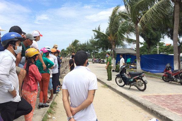Thi thể nam thanh niên nổi trên vùng biển Đà Nẵng