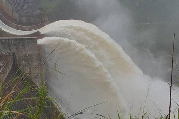 Nghệ An: Thủy điện Bản Vẽ tăng lưu lượng xả lũ gấp 3 lần