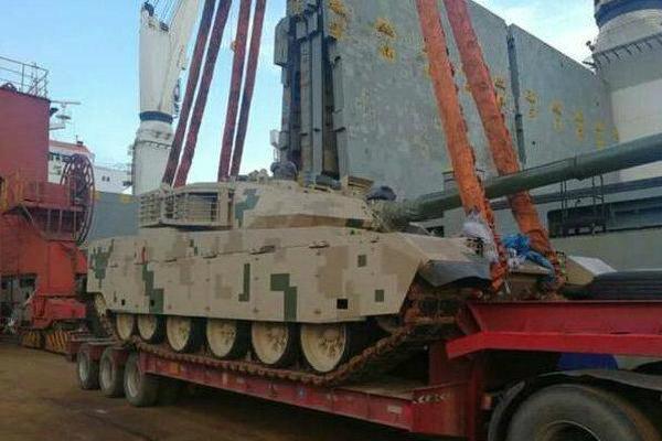 Pakistan đem trả xe tăng VT-4 cho TQ: Đồng minh trở mặt như sét đánh giữa trời quang?