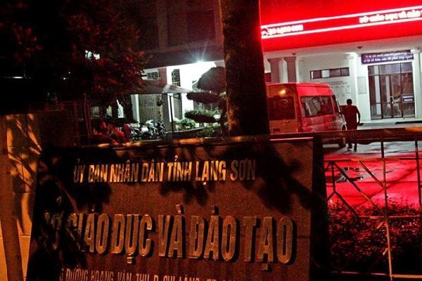 Làm việc đến 1h20, Bộ GD&ĐT chưa kết luận về điểm thi tại Lạng Sơn