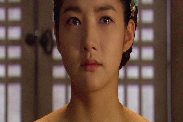 Sự thật khó ngờ đằng sau cảnh 'nhạy cảm' giữa Song Seung Hun và Park Min Young đang gây sốt