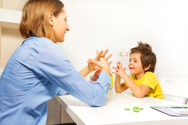 Thuốc trừ sâu khiến trẻ gia tăng nguy cơ bị tự kỷ