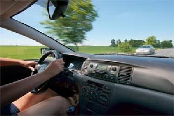 Kinh nghiệm lái xe bên Mỹ mà bạn nên biết