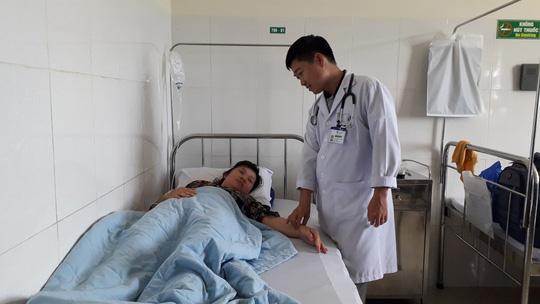 Sau hơn 1 ngày điều trị, sáng 1-12 bệnh nhân Ly N. sức khỏe đã ổn định và xuất viện