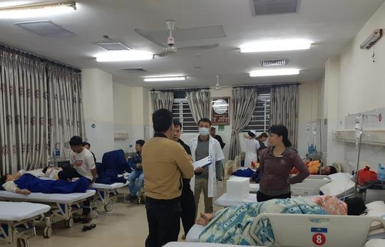Các bệnh nhân nhập viện cấp cứu tại Bệnh viện Đa khoa Thiện Hạnh sau khi ăn bánh mì