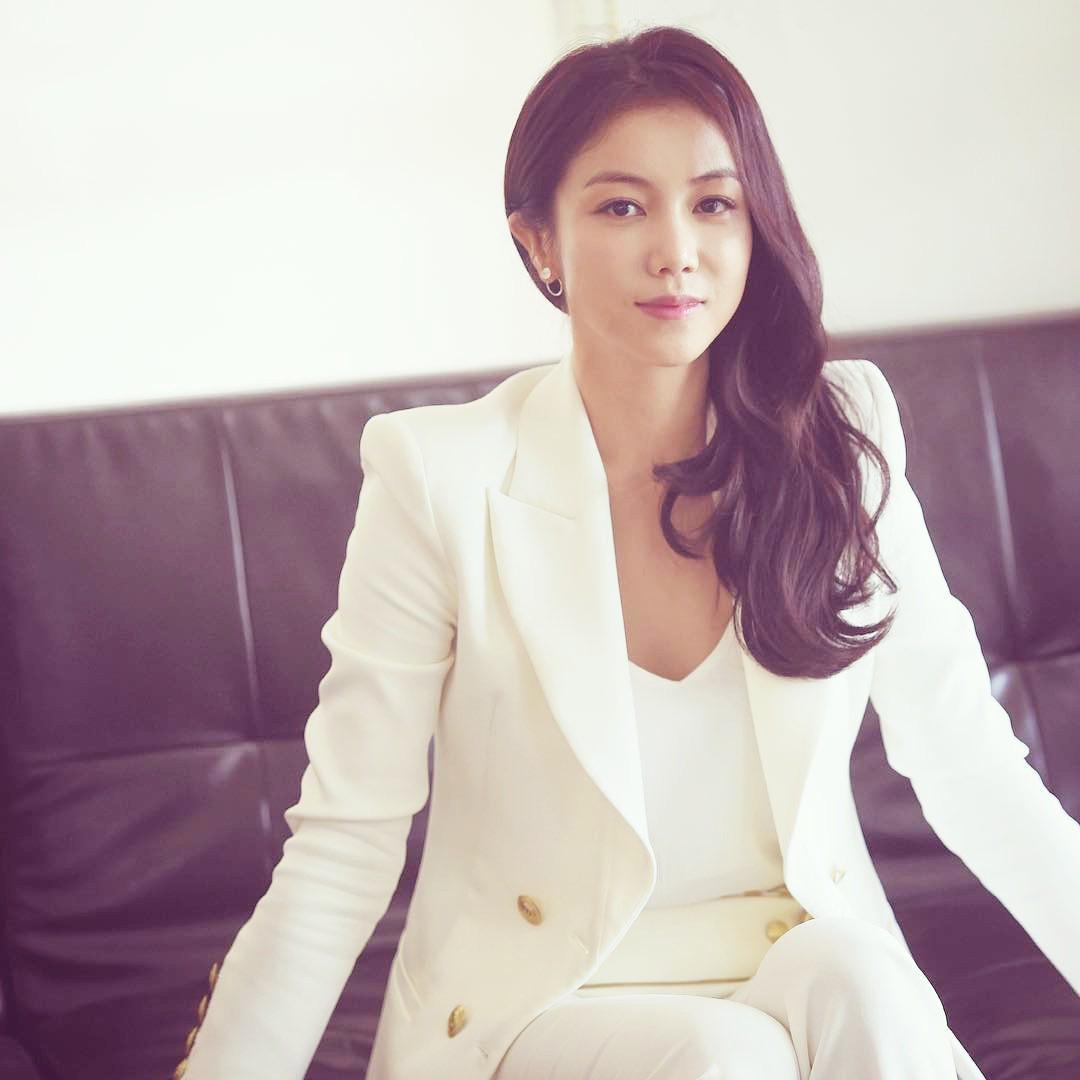 Kim Ok Bin đang bị réo gọi vì tin đồn xen vào mối quan hệ của Song Song.