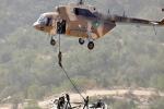 NÓNG: Ấn Độ - Pakistan đấu ác liệt - Thiệt hại nặng, Islamabad phải điều trực thăng chở xác