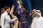 Thầy giáo Kenya đoạt giải Giáo viên toàn cầu trị giá một triệu USD