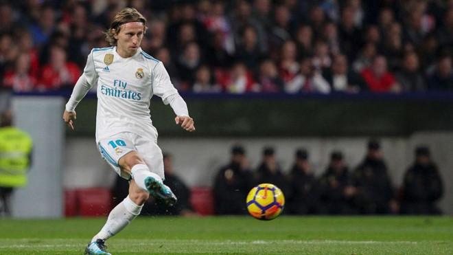 Luka Modric hiện khoác áo số 10 ở Real Madrid. Ảnh: Getty.