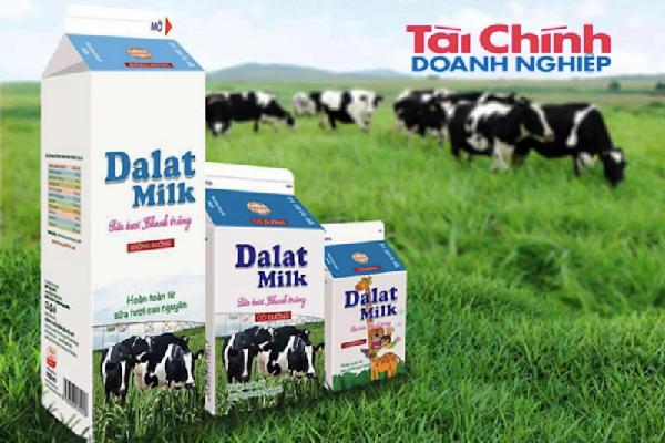 Sữa tươi nguyên liệu của DalatMilk có đạt chuẩn?