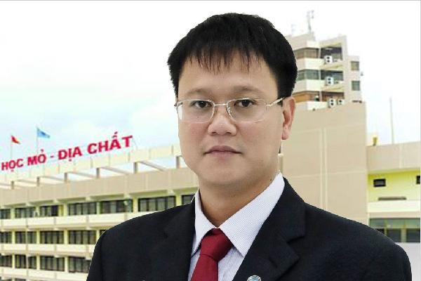Ông Phùng Xuân Nhạ là trưởng ban lễ tang Thứ trưởng Bộ GD&ĐT Lê Hải An