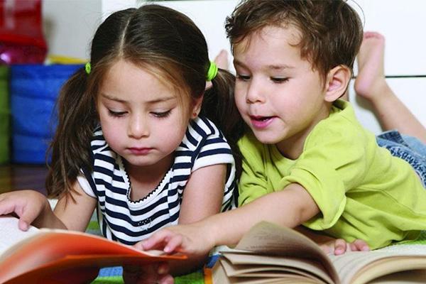 5 cuốn sách khiến mọi em bé 'NÓI KHÔNG' với TV và Smartphone