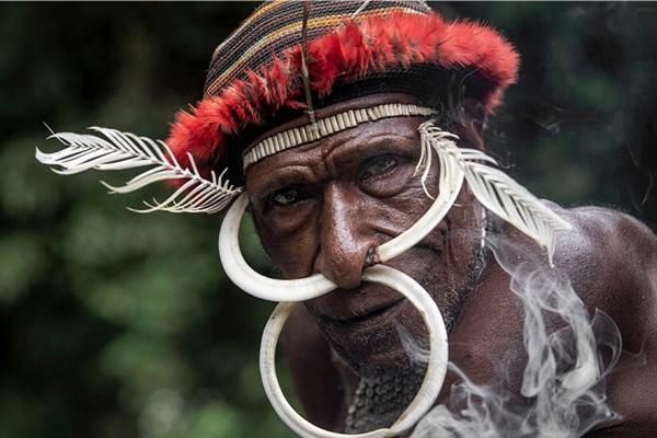 Những hủ tục kì lạ và đáng sợ của Dani - bộ tộc ăn thịt người trong truyền thuyết