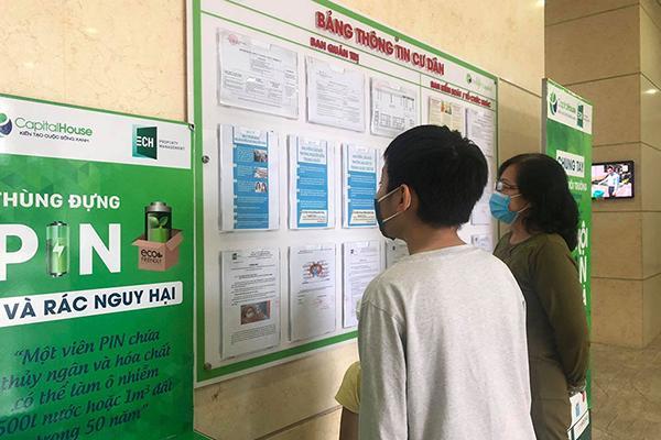 Chung cư Hà Nội tăng cường tuyên truyền phòng dịch cho người nước ngoài