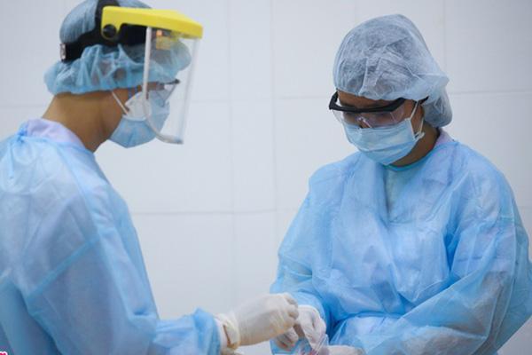 Chuyên gia Hàn Quốc dương tính nCoV tiếp xúc gần 38 người ở TP.HCM