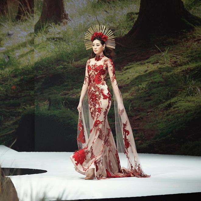 Khánh Vân đang hoàn thiện các kỹ năng để đến với Miss Universe đầu năm sau. Ảnh: Instagram NV.