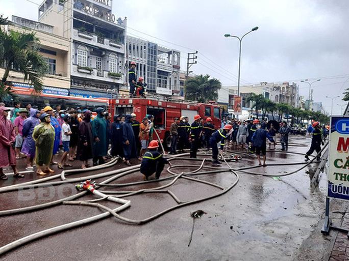 Hiện trường vụ cháy nhà ở huyện Tuy Phước.