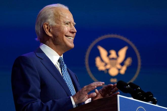 Các nhà lập pháp và giới chức Mỹ tin rằng duy trì chức vụ của ông Esper là nhân tố quan trọng để bảo đảm chuyển giao quyền lực suôn sẻ, khi các hãng thông tấn Mỹ đã dự đoán ông Joe Biden đắc cử Tổng thống. Ảnh: AP.